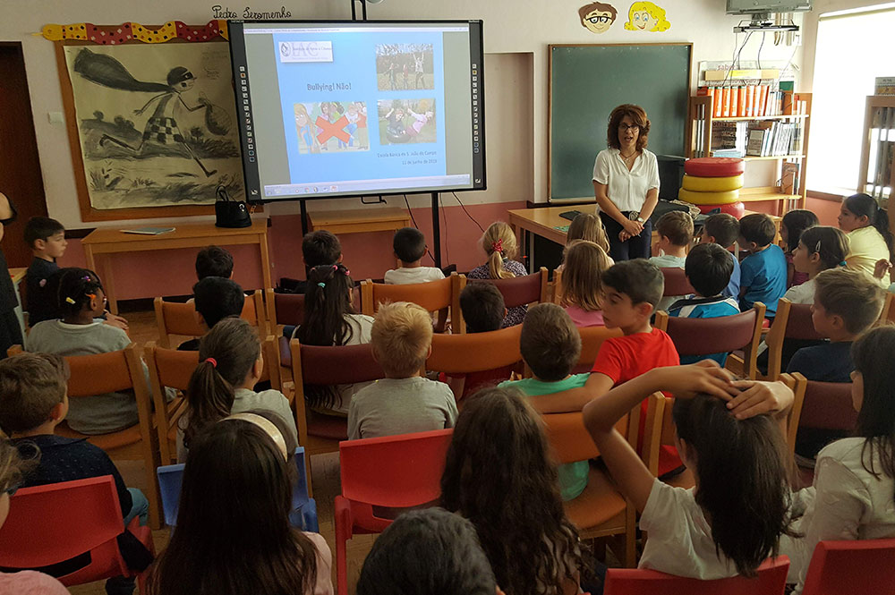 Ação de Sensibilização - A contar histórias o Bullying vamos prevenir